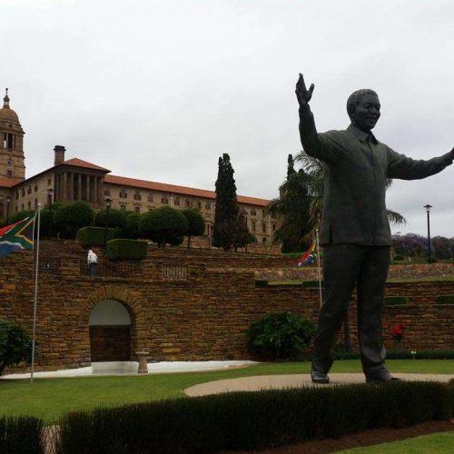 Madiba-Statue